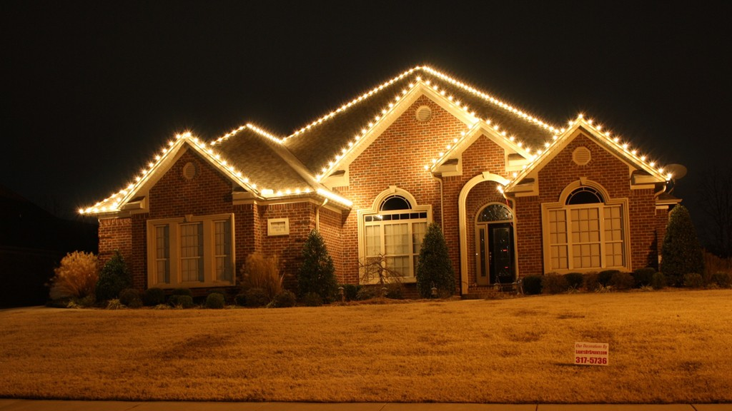 Christmas Light Installation St Louis